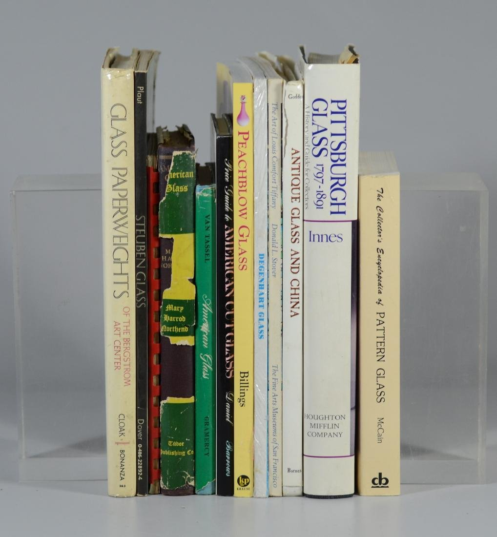 12 reference books on antique glass