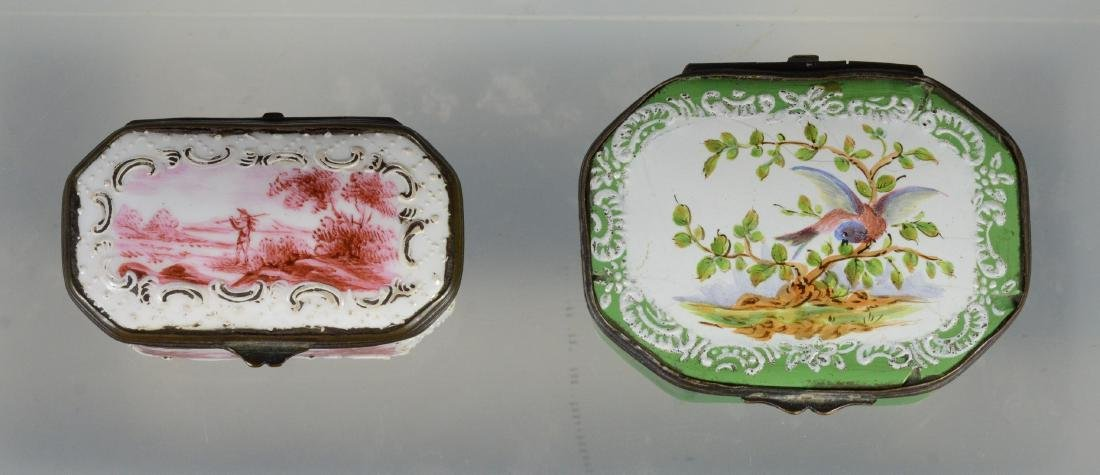 4 Battersea Bilston English enamel boxes - 5
