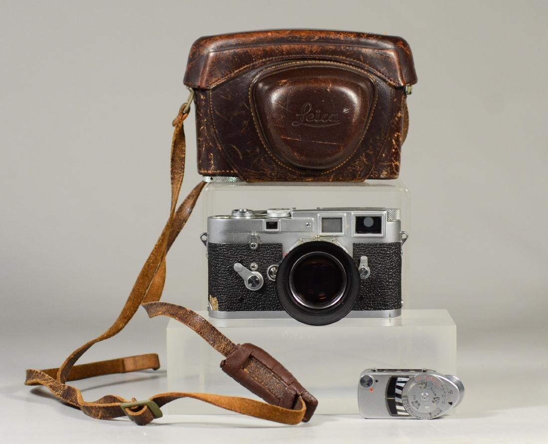 Leica M3 double stroke 35 mm rangefinder camera