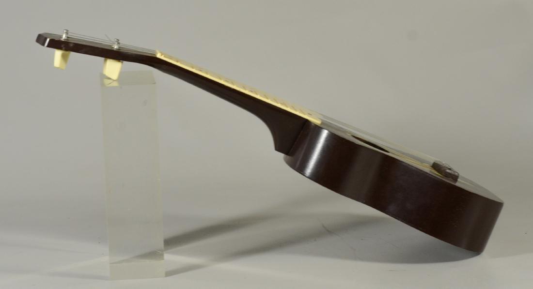 Vintage unmarked ukulele, wood with celluloid frets - 2
