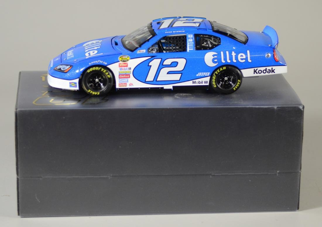 Owners Elite Ryan Newman Autographed 2007 #12 Car