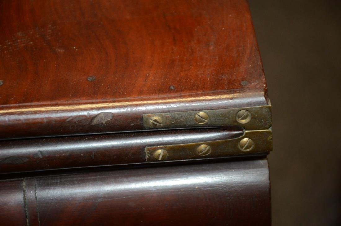 Federal mahogany game table, Amariah Prouty, c 1830 - 6