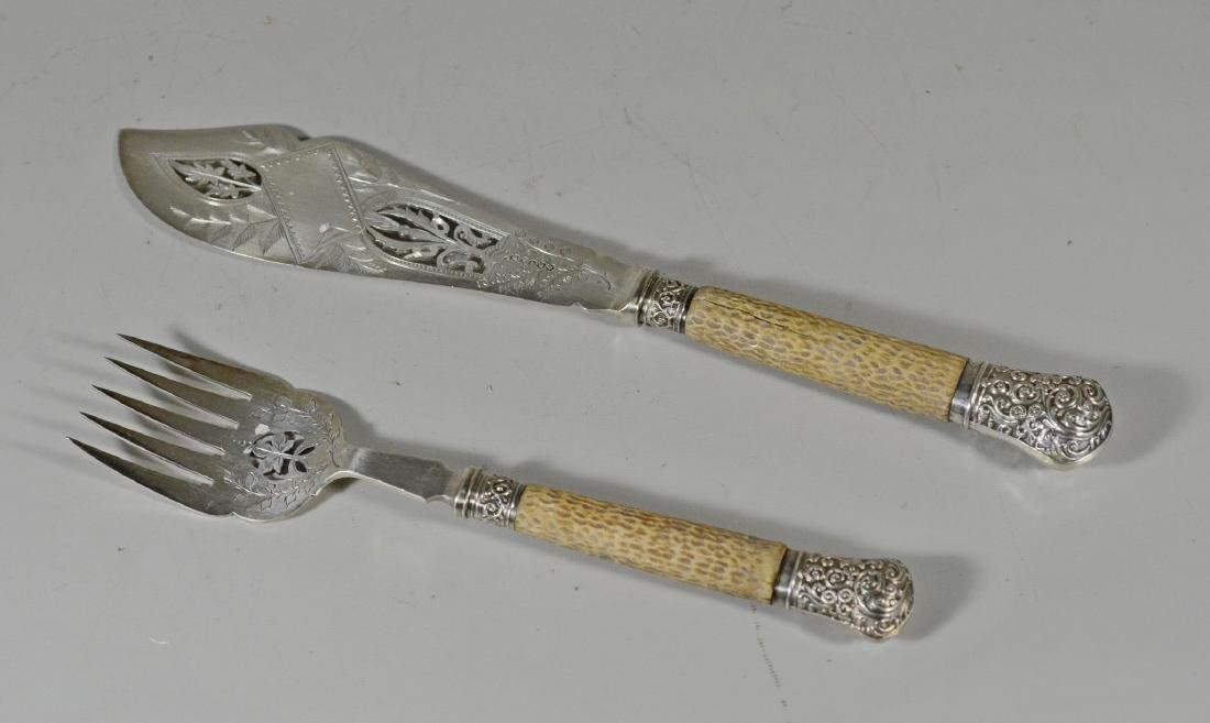 English engraved plated silver 2 pc fish set
