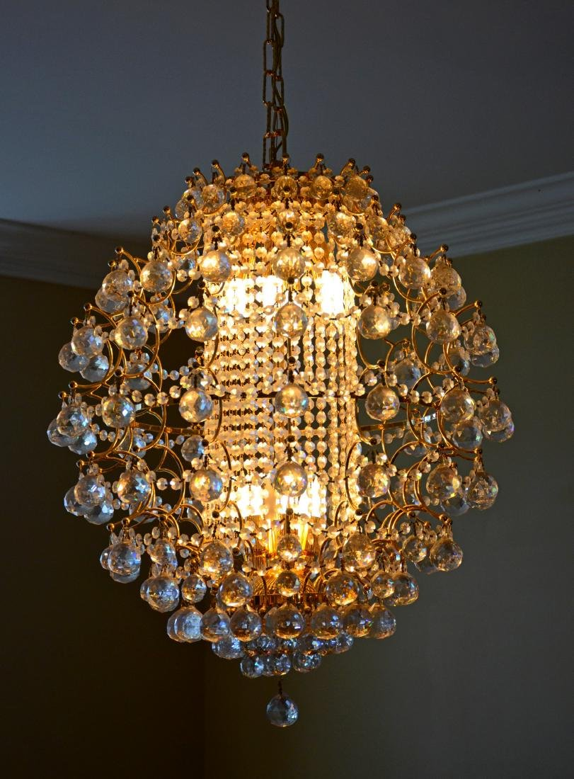 Dinino French style chandelier, brass with prisms