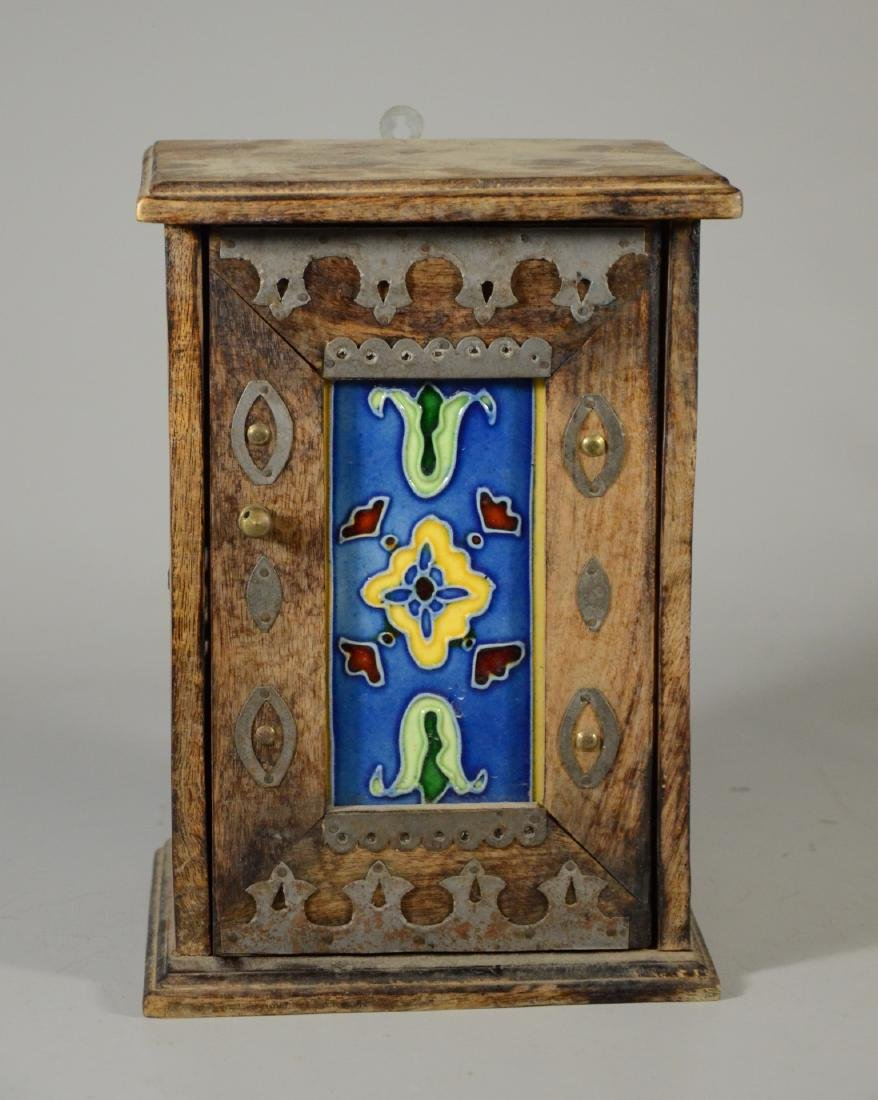Arts & Crafts style wall hanging key box, tile inser - 2
