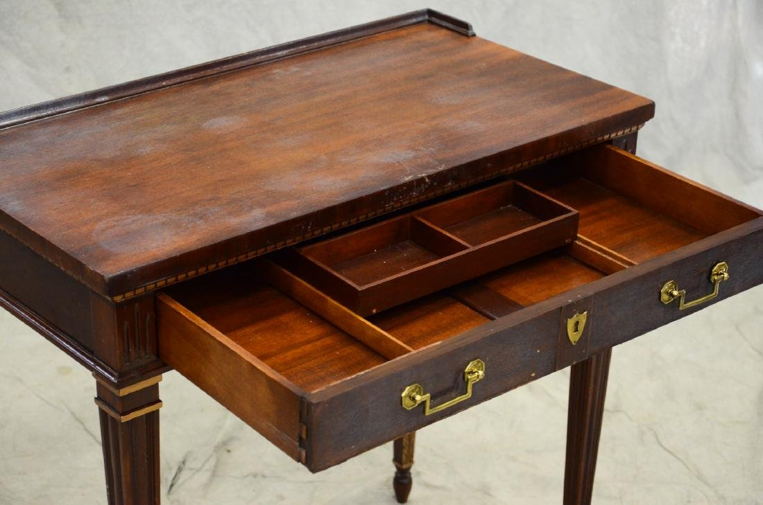 Louis XV style writing desk, gilt highlights, one dr - 4