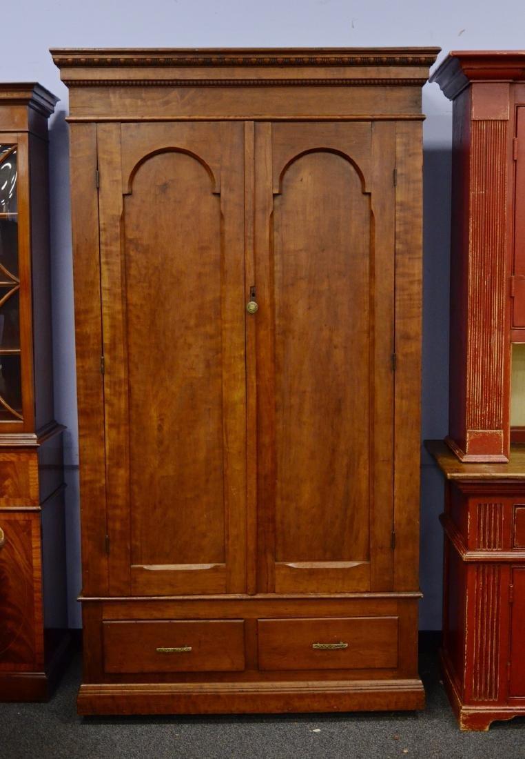 Georgian style 2- door cupboard, 2 doors over 2 drawers