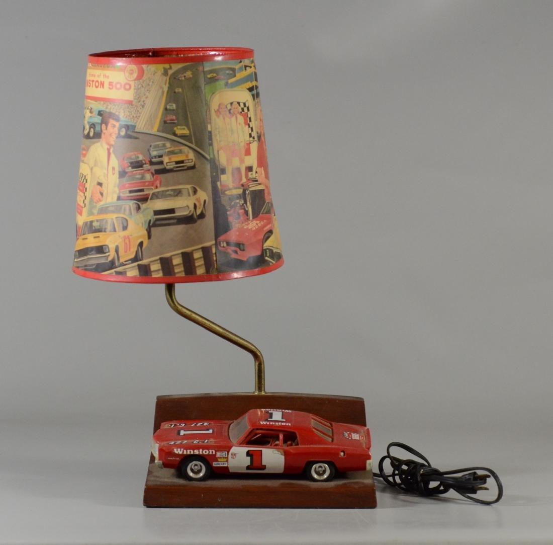 Vintage 1971 Winston 500 Table Lamp w Shade