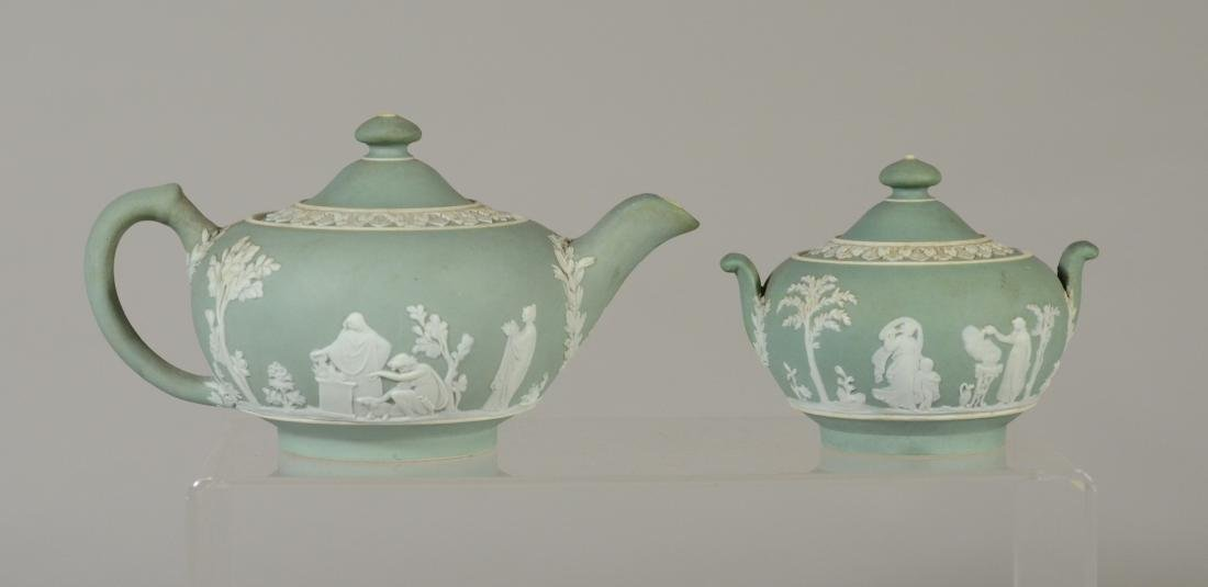 (4) pcs Wedgwood green jasper teapot and covered sug - 4