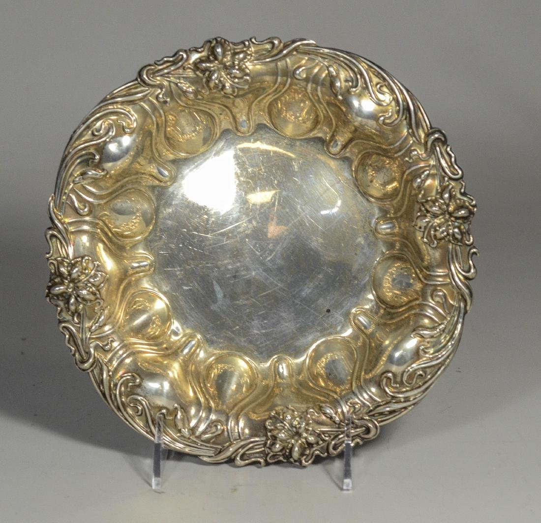 Round sterling silver bowl with repousse border