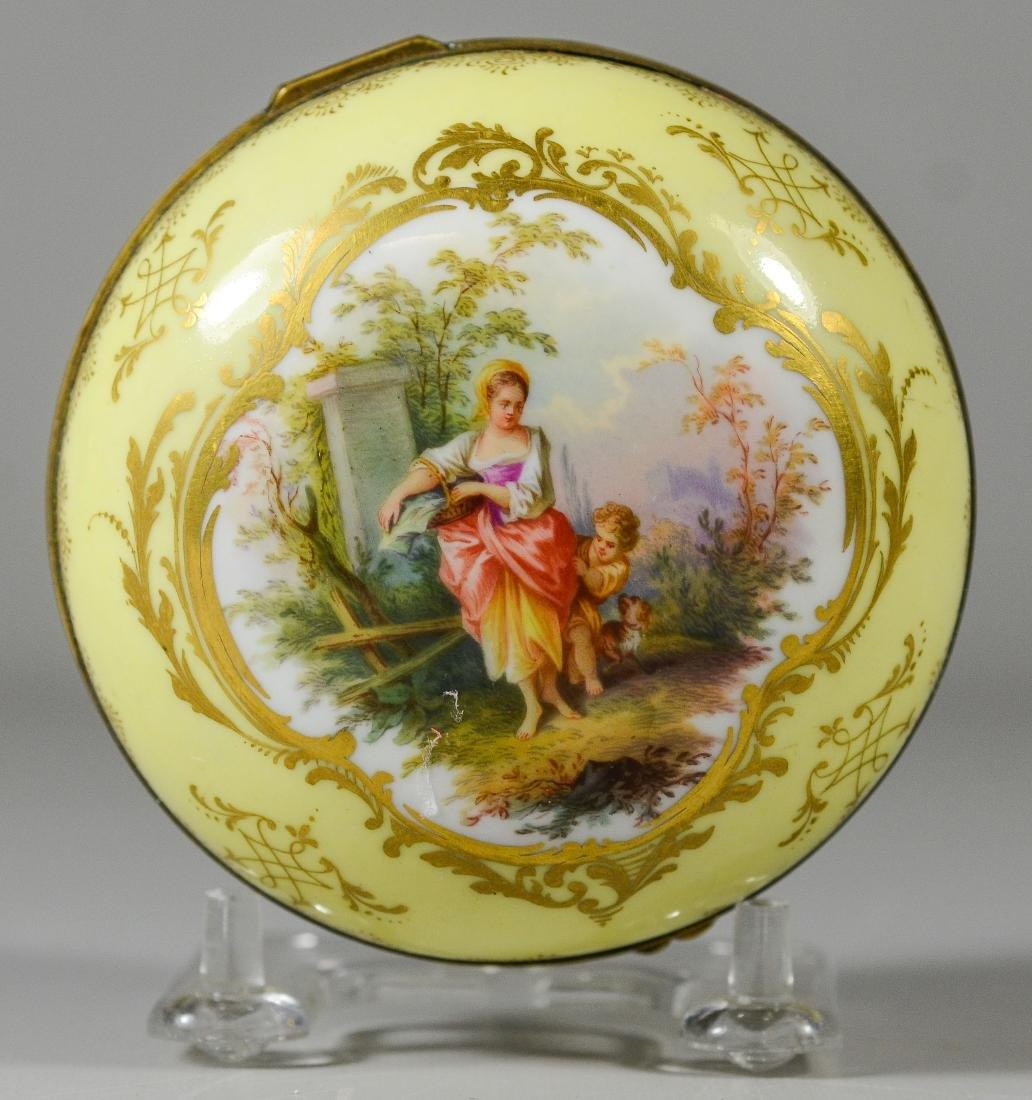 Meissen circular porcelain box, maiden with child - 2