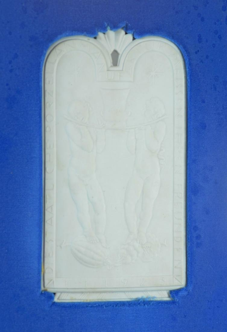 Meissen white bisque commemorative plaque - 2