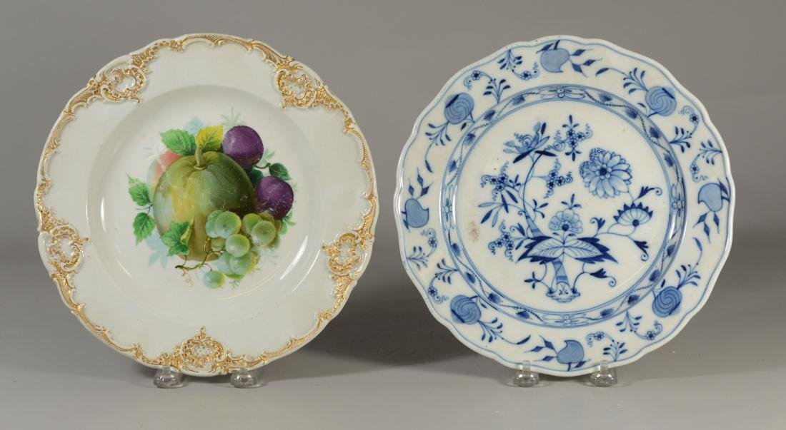 (2) Meissen porcelain plates, fruit decorated