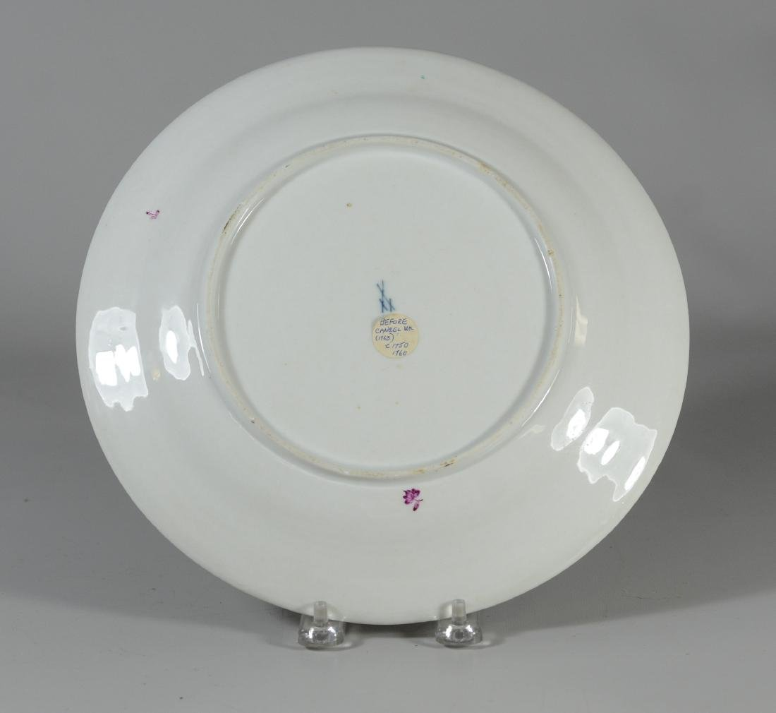 Meissen cabinet plate with molded flowers throughout - 4