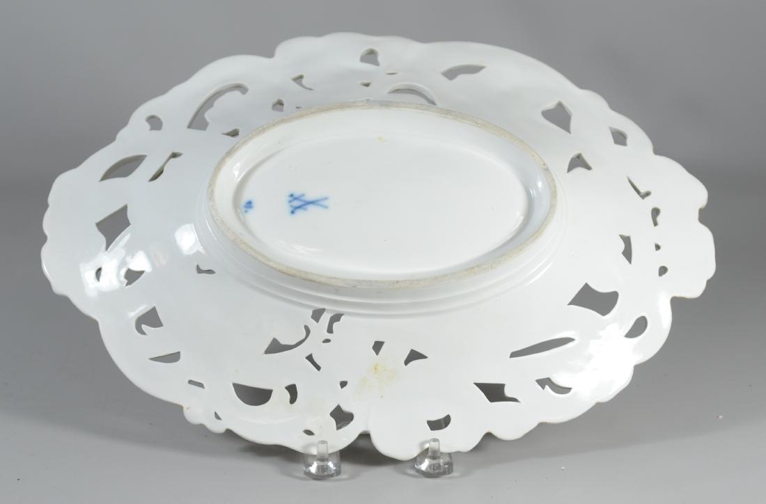 Oval gilt Meissen porcelain pierced center bowl - 2