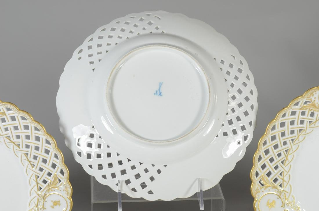 (5) Meissen porcelain gilt decorated plates - 3