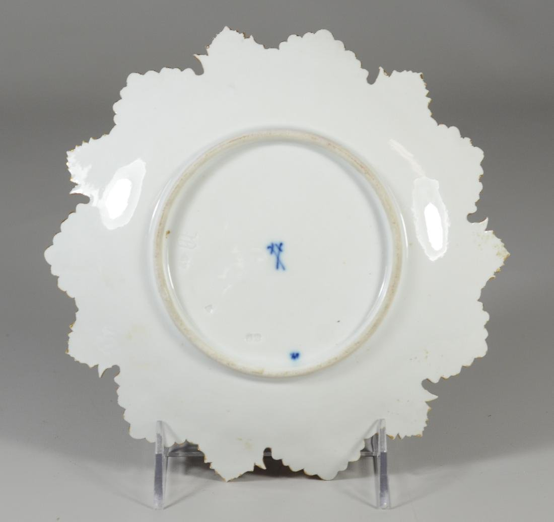 (3) Meissen porcelain round leaf plates - 7
