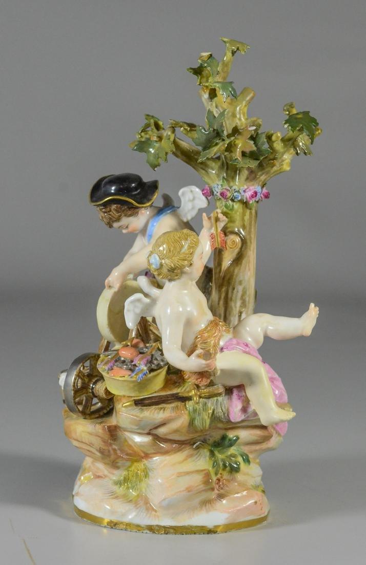 "Meissen porcelain group of  ""Cupid Sharpening Arrows"" - 2"