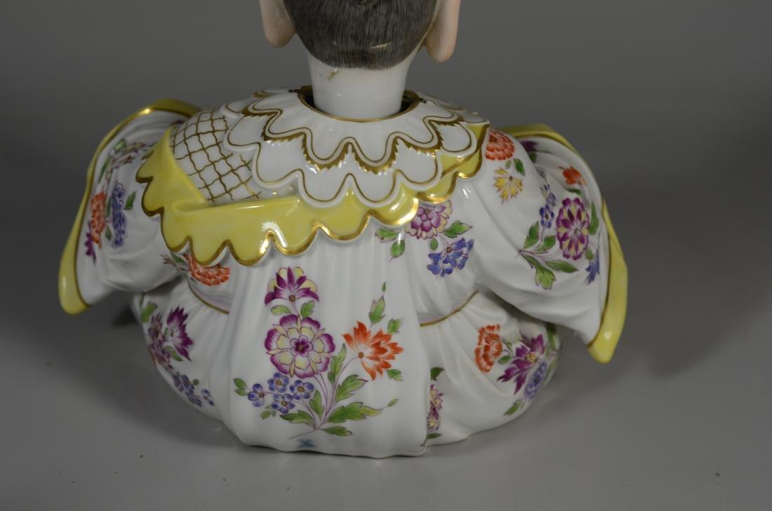 Meissen porcelain figure of a 'Nodding Pagoda' - 10