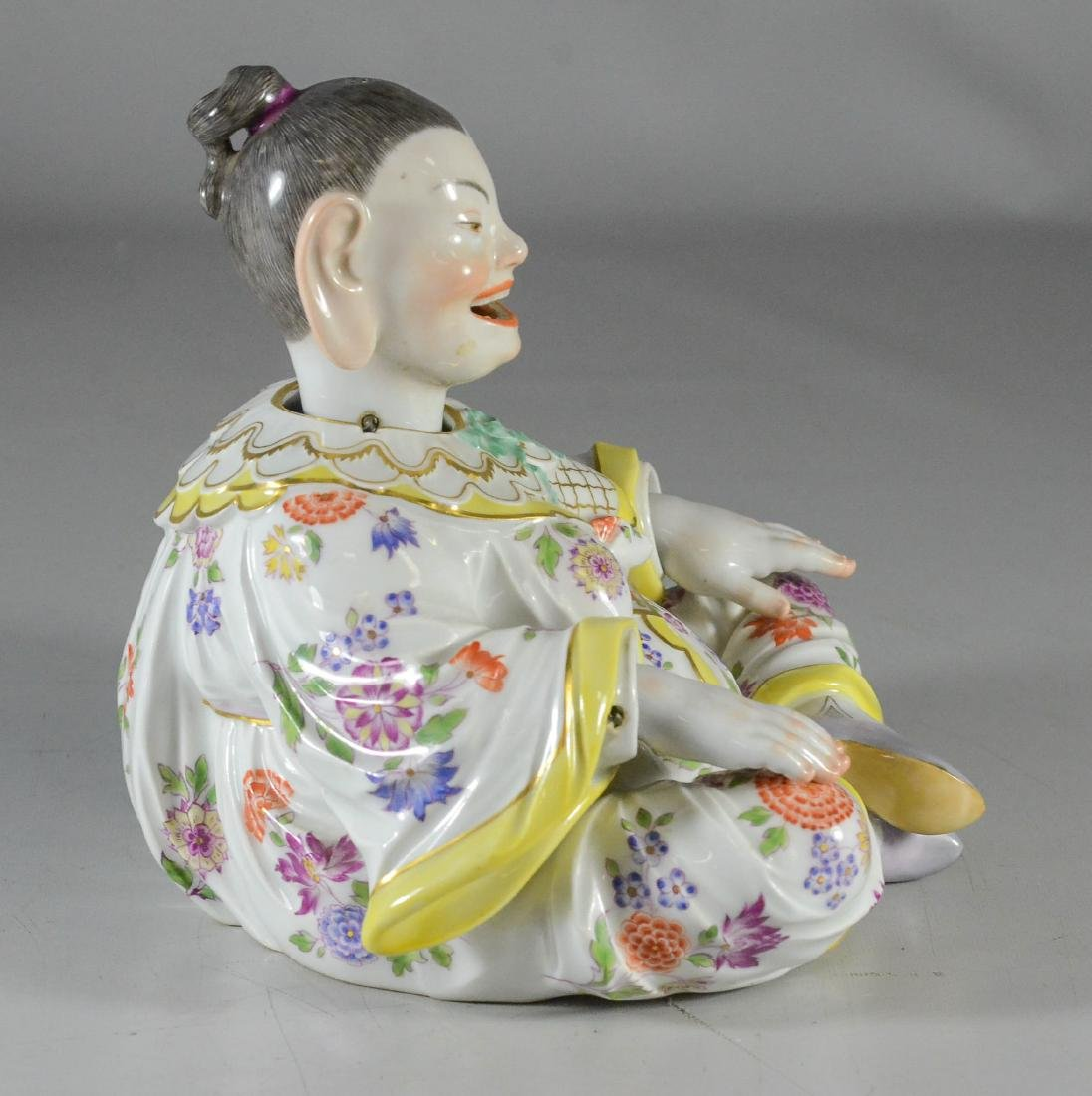Meissen porcelain figure of a 'Nodding Pagoda' - 2
