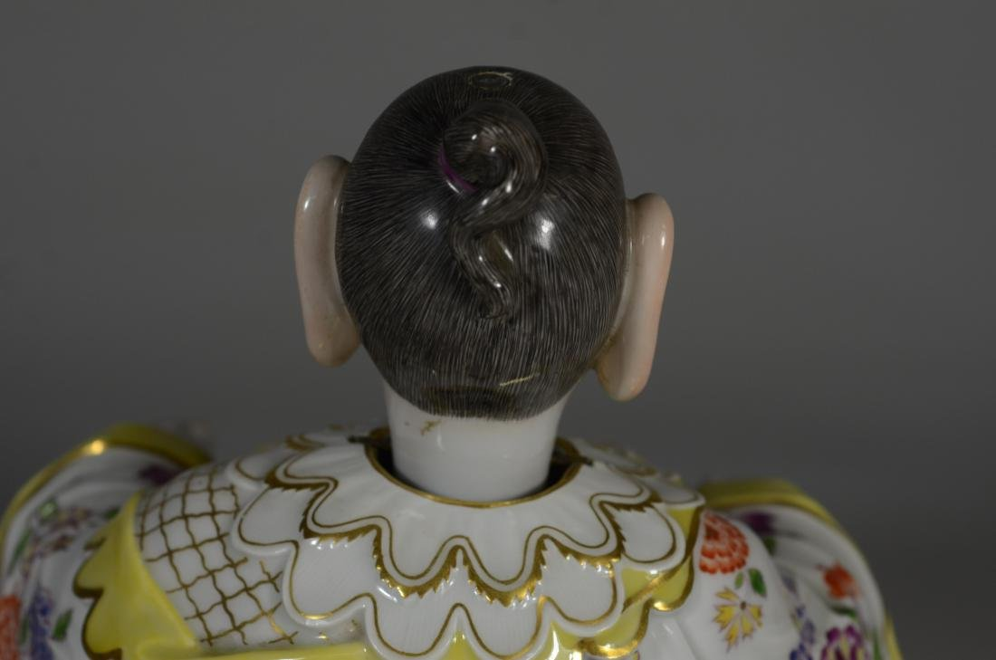Meissen porcelain figure of a 'Nodding Pagoda' - 9