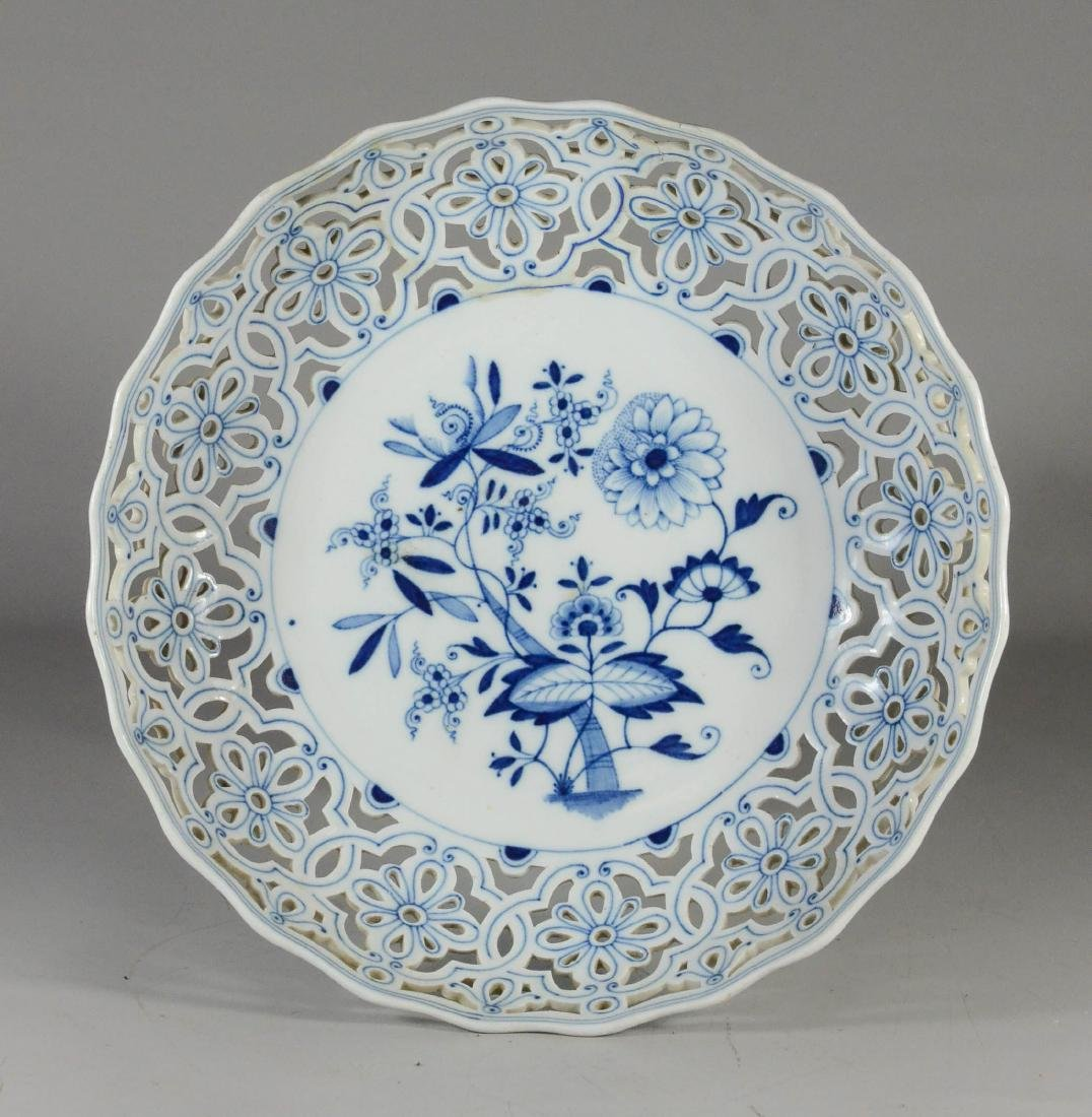 Meissen porcelain Blue Onion open-work compote - 2