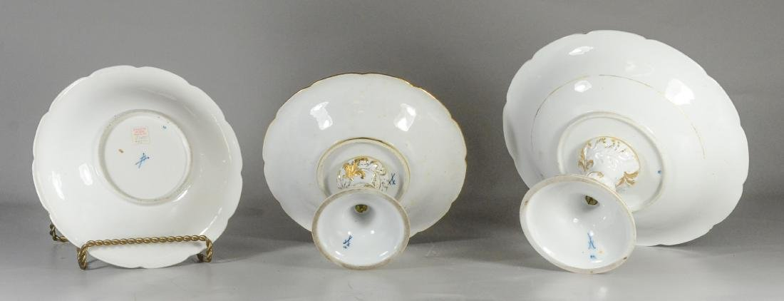 Two graduated Meissen porcelain compotes & plate - 4