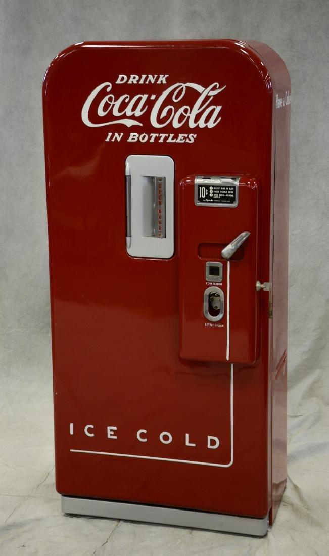 "Vintage ""Vendo 39"" 10 cent Coca Cola vending machine - 2"