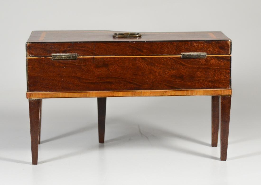 Inlaid mahogany console piano form jewelry box - 4