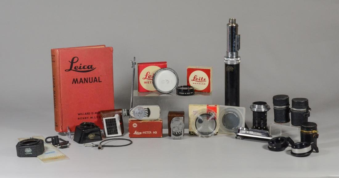 Lot misc Leica accessories, M light meter, filters, etc