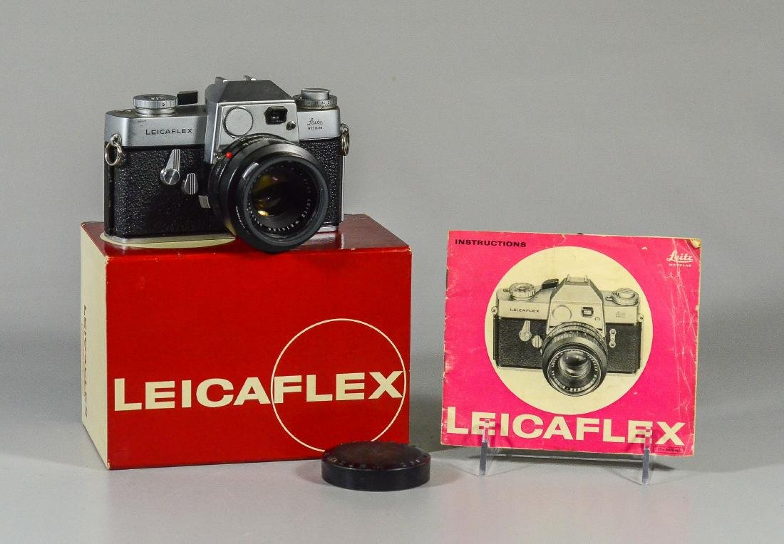 Leicaflex 35mm SLR camera & Leitz Wetzler Summicron len