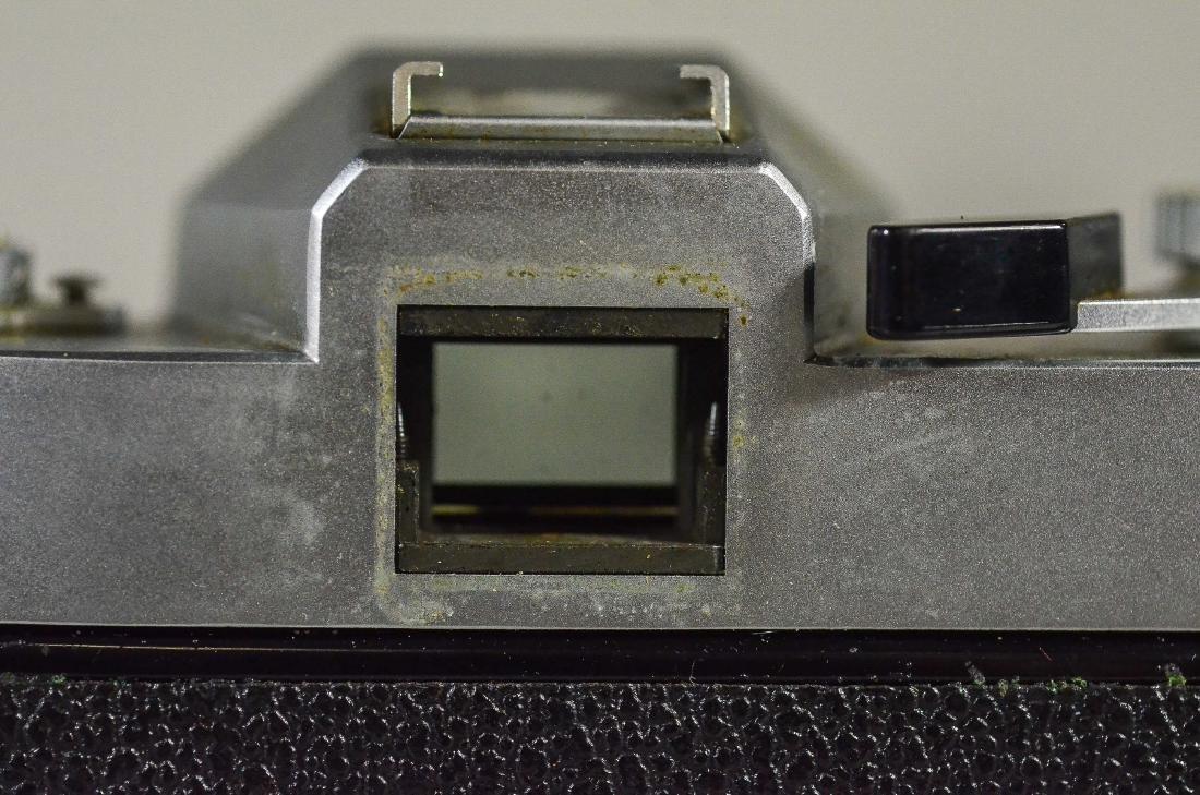 Leicaflex 35mm SLR camera & Leitz Wetzler Summicron len - 7