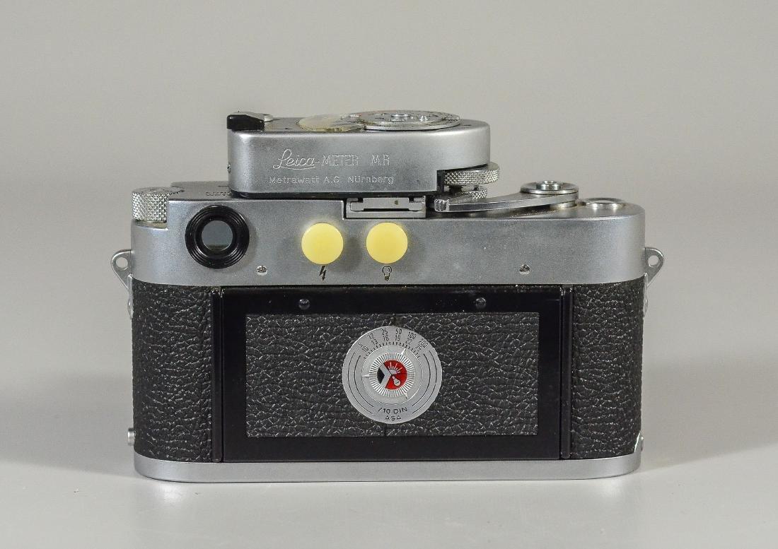 Leica M3 35mm rangefinder camera & lens - 4