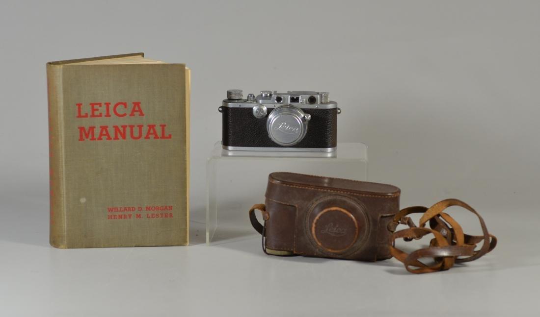 Leica IIIa 35mm rangefinder camera & lens