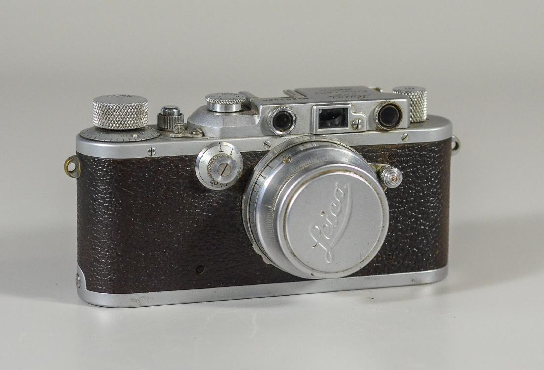 Leica IIIa 35mm rangefinder camera & lens - 2