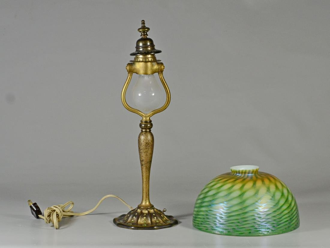 Louis Comfort Tiffany lamp with damascene shade - 2