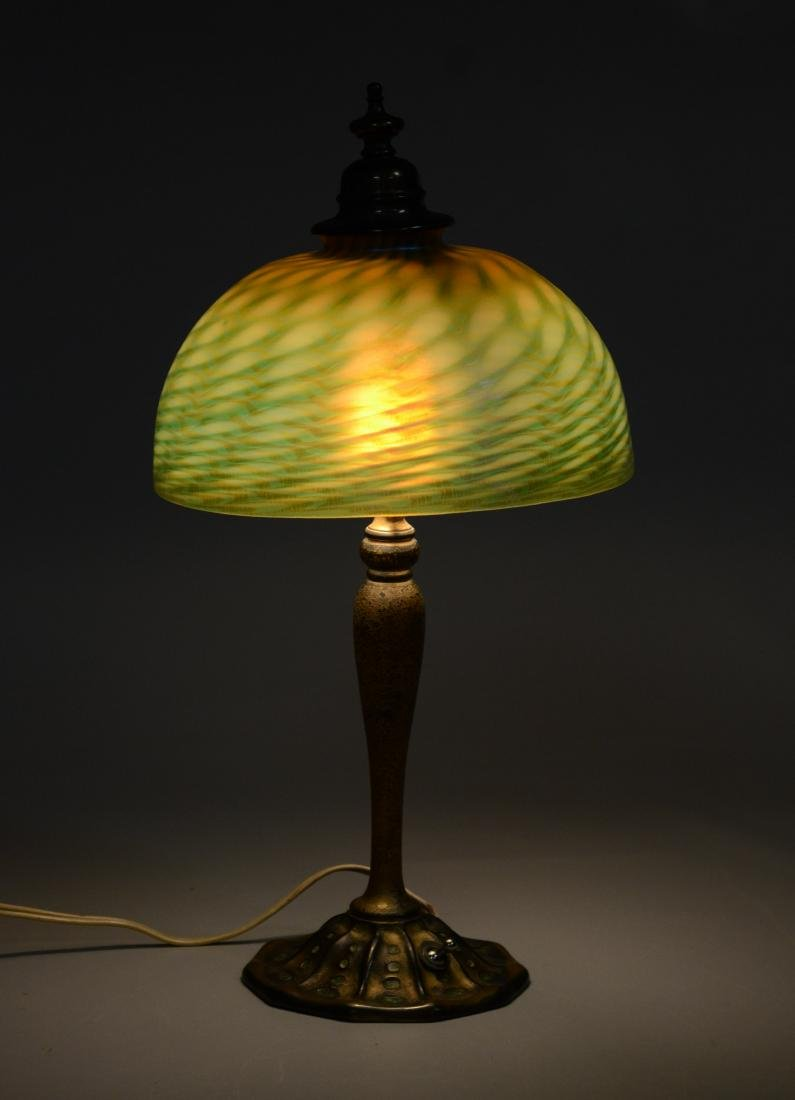 Louis Comfort Tiffany lamp with damascene shade - 8