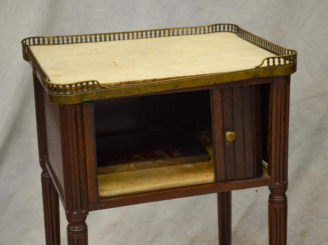(2) Louis XVI style marbletop 2-tier side tables - 2