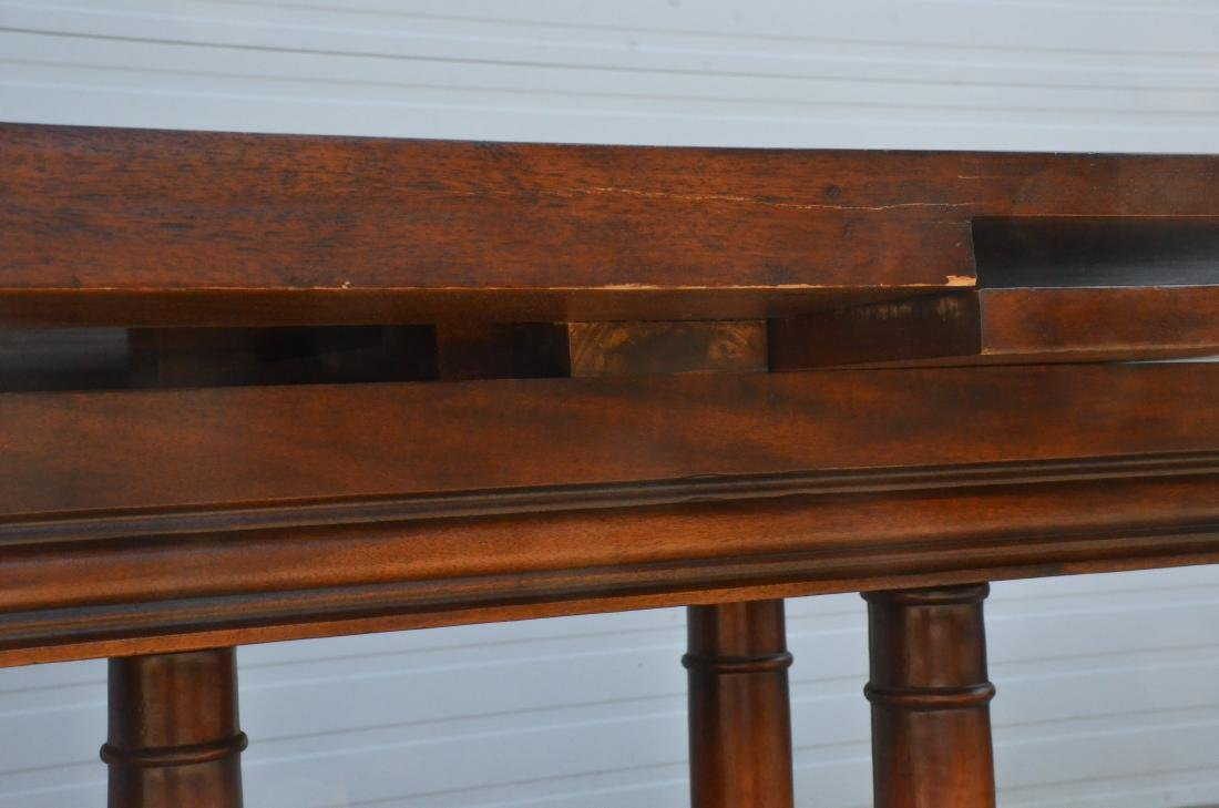 Regency style dining table, plume decoration on feet - 4
