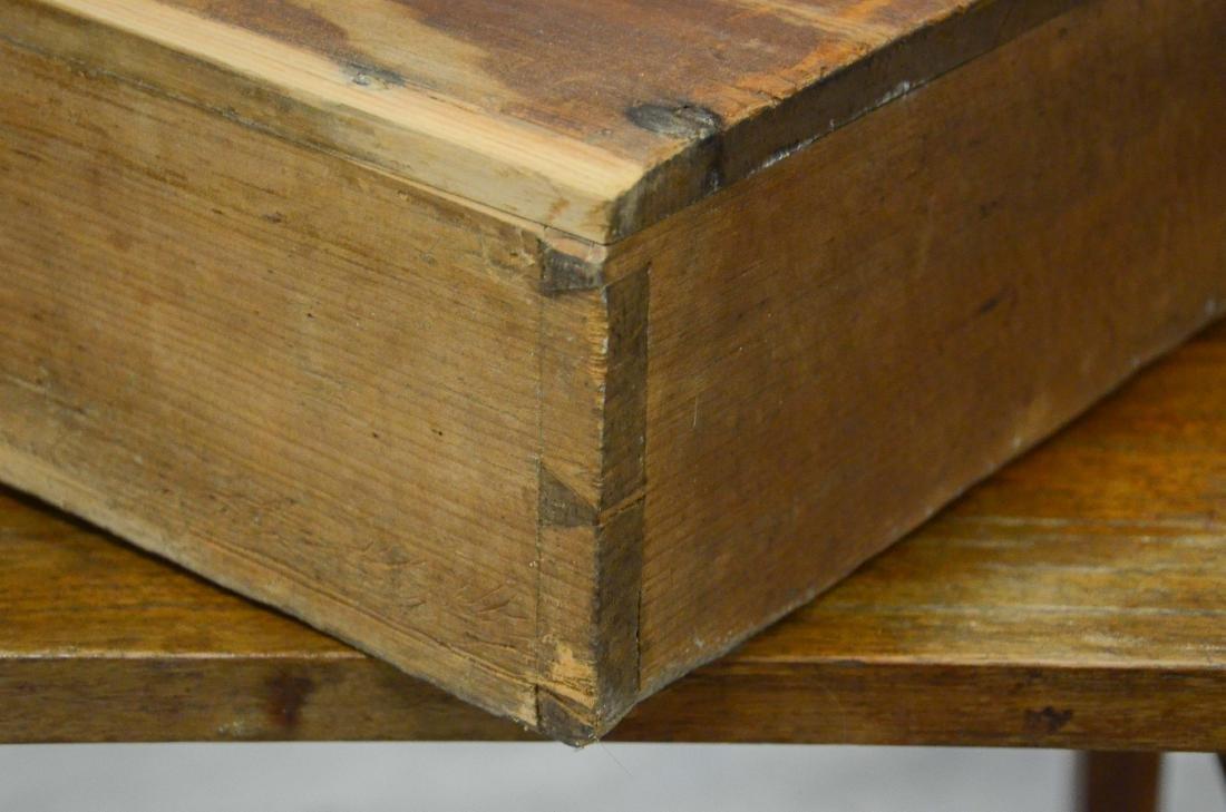 Walnut Hepplewhite  one drawer stand, c 1800-20 - 5