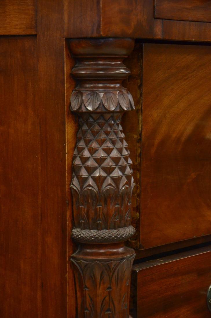 Carved mahogany American Federal 2/4 bureau, c 1820 - 3