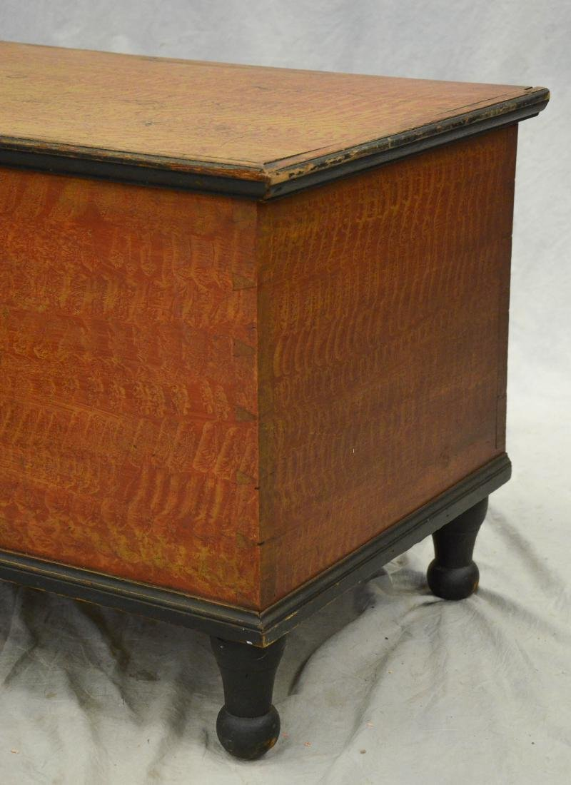 Paint decorated Sheraton blanket chest, red and ochre - 2