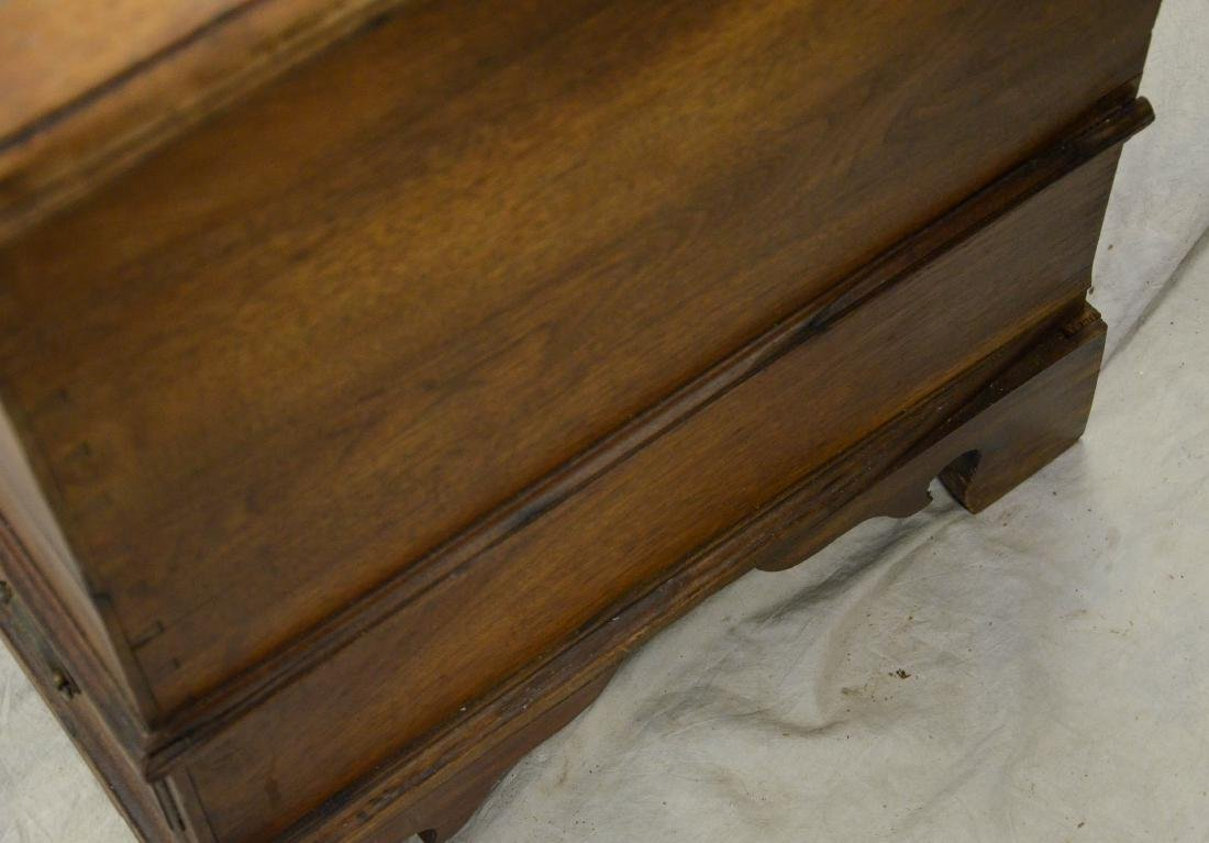 Walnut Chippendale 2 drawer blanket chest, c 1780 - 2