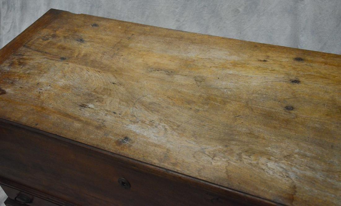 Walnut Chippendale 2 drawer blanket chest, c 1780 - 7