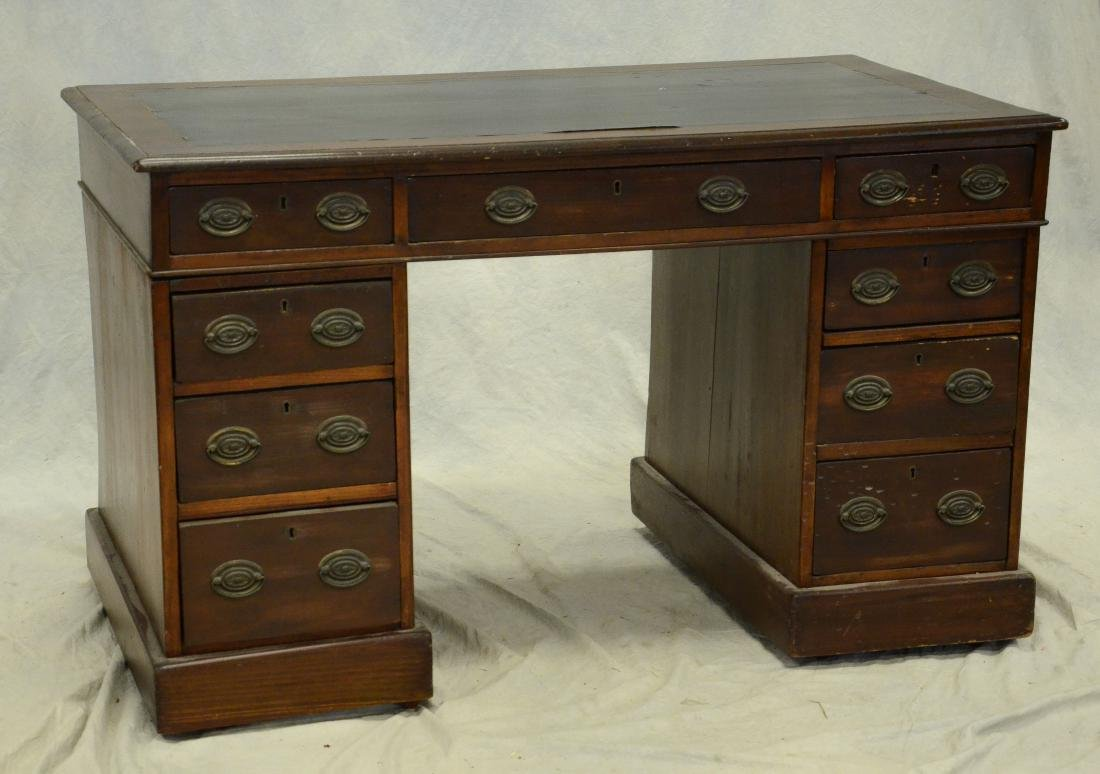 3 part Georgian leathertop kneehole desk, c 1820-40