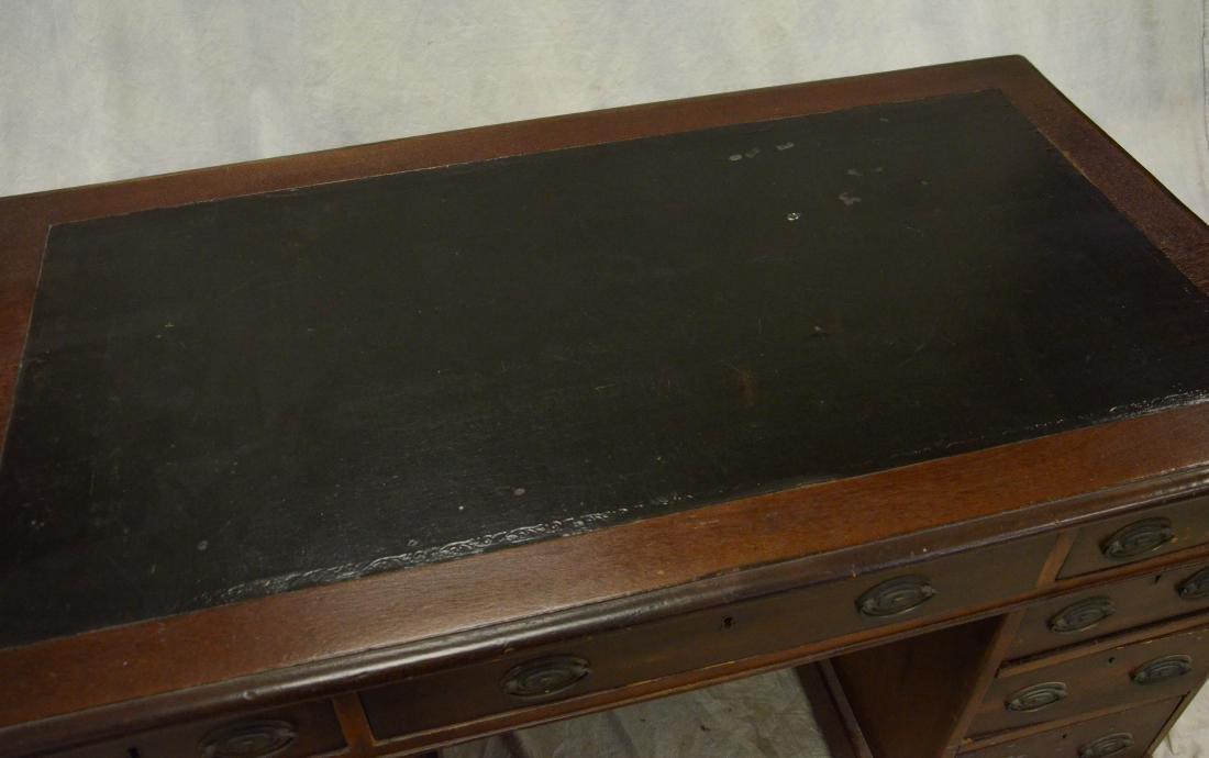 3 part Georgian leathertop kneehole desk, c 1820-40 - 3