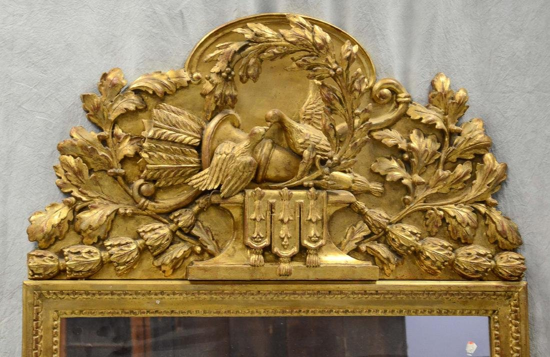 Italian style gilt carved hanging wall mirror, crest - 2