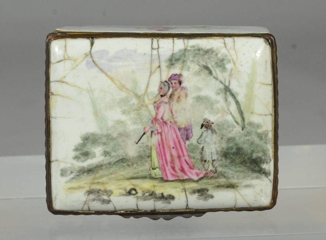 (3) Continental, possibly German, table snuff boxes - 11