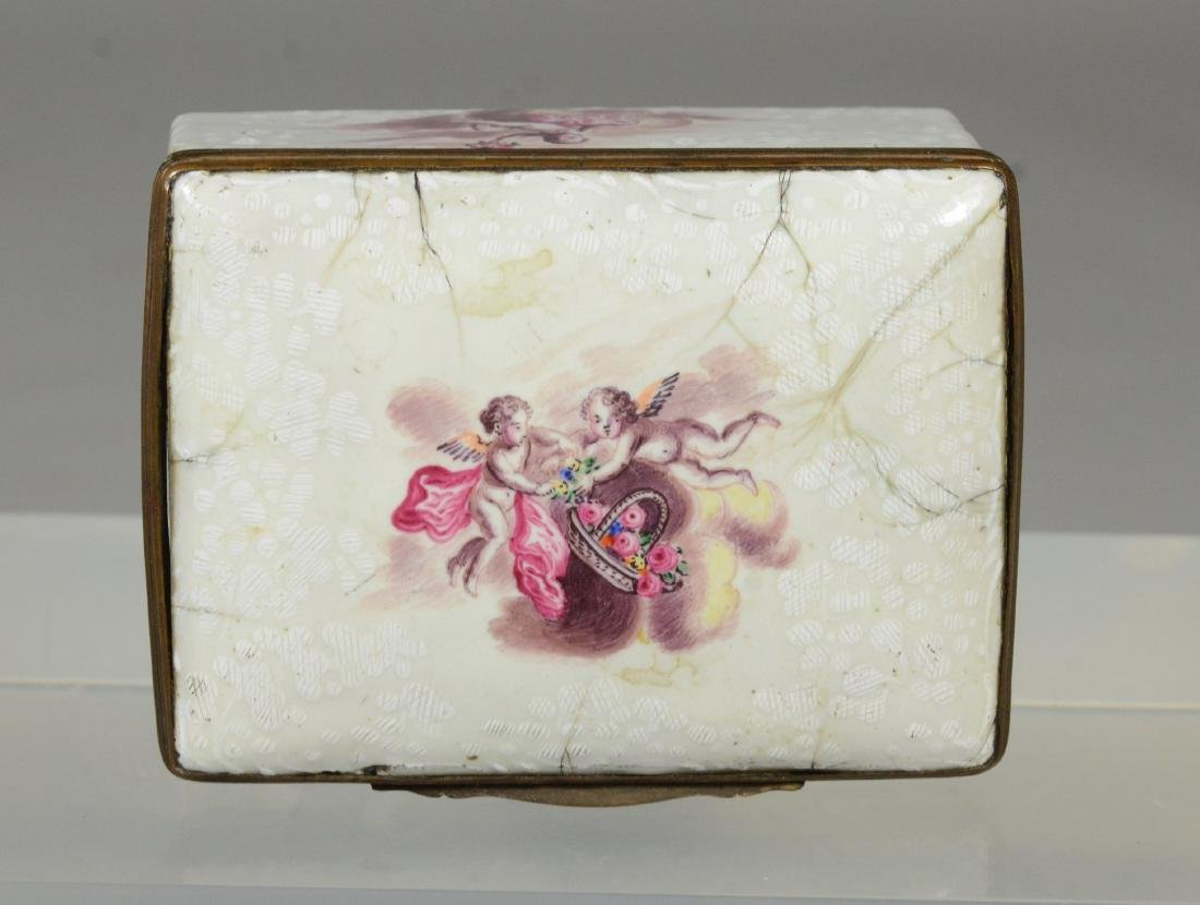(3) Continental, possibly German, table snuff boxes - 8