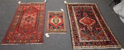 "Lot of 3 rugs 3'2""x6'2"",1'10""x3'3"",3'9""x6'7"""